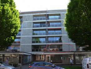 INSTAPKLAAR 3-SLK APPARTEMENT <br /> <br /> Ben je op zoek naar een gezellig, goed gelegen appartement te Hasselt met voldoende comfort op fietsafstan