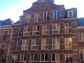 Gezellig appartement gelegen in het hartje van het charmante Diest!  Het appartement omvat 2 slaapkamers, woonkamer, ingerichte keuken, badkamer met