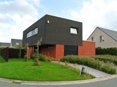 TE KOOP (Wingene - Ter Vloet) --> Een luxueus afgewerkte instapklare open bebouwing (geschilderd + gordijnen aanwezig) --> 475 M² grondop