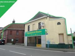 Immeuble mixte pour commerce et habitation ou immeuble de rapport !!!Surface commerciale avec atelier, bureau, 3 terrasses, pièces de vie,... d