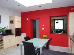Rez-de-chaussée: hall d'entrée, spacieux séjour avec salon et salle à manger, cellier, extension habitable réalis&e