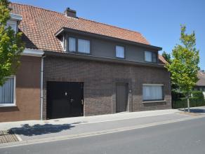 De woning (bj '87) is gelegen in de dorpskern van Dikkebus en zeer kwalitatief afgewerkt. Deze woning is zeer ruim met o.a. 4 slaapkamers en een garag