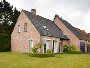 De woning omvat een bewoonbare oppervlakte van 178 m² met een riante leefruimte van 48m² en 4 slaapkamers . Het pand beschikt ook over een i