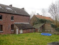 Faire offre à partir de 195.000 euro - Au calme, ravissante maison villageoise offrant encore de nombreuses possibilités d'aménag
