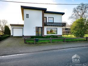 """Moderne, tijdloze villa met garage,landelijk gelegen met zuidgerichte tuin, 4 slaapkamers en bureel op perceel van 18 a 93 ca. Mogelijk tot """"KLEIN BES"""
