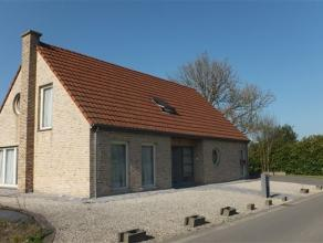 7864 DEUX-ACREN Commune: 7864 Deux-Acren Superficie: 21 ares - +/- 252 m² hab dont garage (car port) +/- 42 m² Chambres: 4 Chauffage: centra