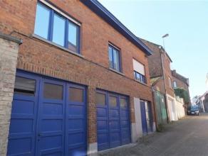 7090 BRAINE-LE-COMTE Commune: 7090 BRAINE-LE-COMTE Superficie: +/- 120 m² habitables + 2 garages (2 x +/- 20m²) - 2a 50ca Chauffage: Central