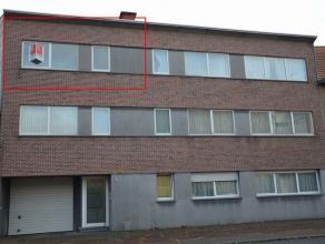 Appartement met terras en garage. Het appartement met één slaapkamer is gelegen op de 2de verdieping. Het appartement bestaat uit: inkom