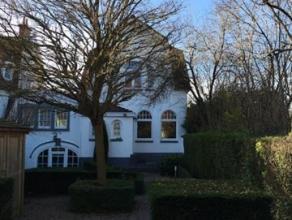 Dans le quartier du Homborch, proche du lycee Français, une maison familiale 3 chambres + bureau 400 m² + jardin Maison datant des ann&eac