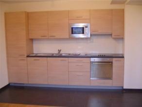 QUARTIER EU / DAILLY - Au 2e étage d'un immeuble d'exception, superbe appartement 1 chambre avec dressing, +/- 90 m², salon, cuisine super
