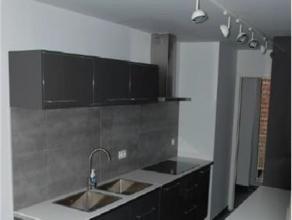 MEISER // DIAMANT // CEE // Superbe appartement de +/- 105m² proche commerces et transports en commun. Composé d'un hall d'entrée a