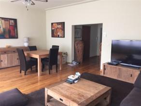 HEYSEL// ATOMIUM// Superbe appartement NON meublé se composant: d'un hall d'entrée, un grand salon lumineux et d'une salle à mang