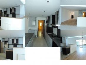 CHURCHILL/ VDK/ HEROS: Superbe maison entièrement remise à neuf se composant de: Au rez de chaussée, hall d'entrée, vestia