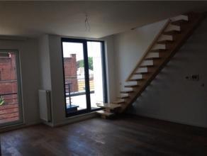 LAEKEN / PALAIS ROYAL - Au 4e et dernier étage d'une nouvelle construction, superbe appartement/duplex 2 chambres, +/- 100 m², salon, cuis