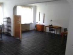 BASILIQUE // METTEWIE. Bel appartement non meublé au 1er étage d'un charmant immeuble se compoasant de : grand séjour (45m²)