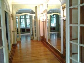 SCHAERBEEK / GEORGES HENRI - Sublime Maison de Maître de charme et de prestige dans quartier résidentiel avec cour intérieure et e