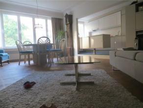 DIAMANT // CEE // Charmant appartement de 117 m² style contemporain avec des touches vintage 2 chambres, hall d'entrée, spacieux living av