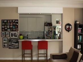 PLASKY//MEISER//CEE// Charmant appartement 110m² 2 chambres, hall de jour donnant sur le living spacieux avec salle à manger, cuisine am&e