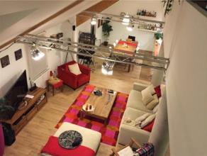 TOUR&TAXI // Superbe et spacieux loft duplex de 160m², sur deux niveaux, dans une ancienne chocolaterie à proximité de l'&eacut