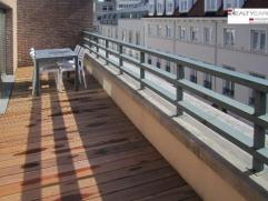 Penthouse Meublé 1 ch. + terrasse ? Quartier Européen. Lumineux penthouse, avec une chambre séparée, entièrement r&