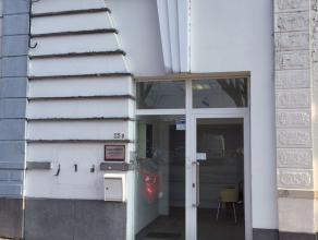 Surface de bureaux ou cabinet médical au centre ville, idéale pour profession libérale, comprenant une salle d'attente, 2 locaux
