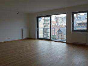 Prox Basilque, dans quartier résidentiel. Luxueux appartement NEUF (± 120m²) + terrasse (10m²) avec belle vue dégag&eac
