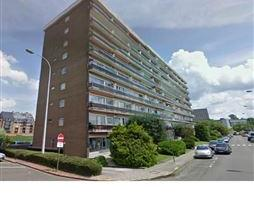 SITUATIONBel appartement 1 chambre situé dans l'un des 3 immeubles face au Stade de football du Tivoli à La Louvière, vue d&eacut