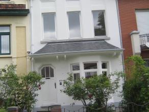 Maison de charme, dans le quartier Terdelt  Havre de paix en ville  superficie habitable de +- 165 m² , 3 grandes chambres + une petite et un coi