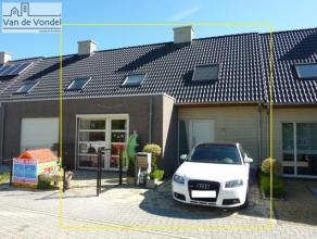 Recente, volledig instapklare woning (°2010), gelegen in een doodlopende straat (rustige wijk) aan de stadsrand van Aalst, vlakbij het OLV ziekenh