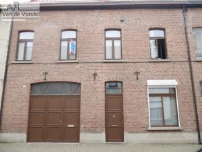 Klein beschrijf mogelijk! Centraal gelegen burgerwoning met 4 slaapkamers op wandelafstand van het centrum van Aalst, de scholen, de winkels en het st
