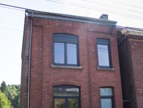 Grâce-Hollogne : Maison 3 chambres parfaitement rénovée (châssis, chauffage, toiture, plafonnage). Elle dispose d'un jardin