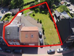 Goed gelegen percelen grond ( waarvan 1 met een te slopen woning) voor een nieuwbouwproject net buiten het centrum van Genk en op wandelafstand van C-