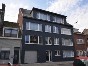 Vergunde opbrengsteigendom bestaande uit 7 appartementen (telkens met 2 slpk) en 3 garageboxen. Samenstelling: Op het gelijkvloers een app met 2 slpk