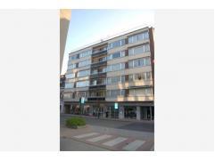 Dit ruime 1-slaapkamer appartement is gelegen in het centrum van Deinze Dit instapklaar appartement is gelegen op wandelafstand van het centrum van De