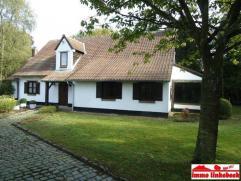 BEERSEL (non loin d'Uccle et de Linkebeek) - Dans un quartier prisé, calme et vert, à proximité du parc Schaveys, à 2.5km