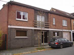GESIMMO PARTNER vous propose un bureau situé à proximité du centre-ville de La Louvière et de la gare. La location compren