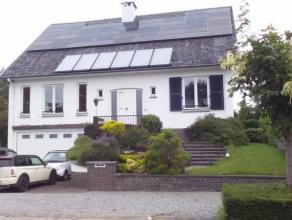 Spacieuse maison de +/- 600m² avec 49 panneaux photovoltaïques pour 10 mégawats/an dont +/- 20.000eur de certificats à encore