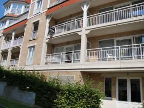 Gezellige flat  met uitzicht op  mooie gemeenschappelijke tuin en de dender. De flat omvat: inkomhal, toilet,1 slaapkamer, 1 multifunctionele kamer me