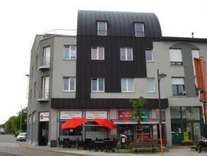 Appartement (75m²) in recent gebouw1ste verdieping met liftt.o.v. station Denderleeuw - betere afwerkingSamenstelling:Living metvolledig in