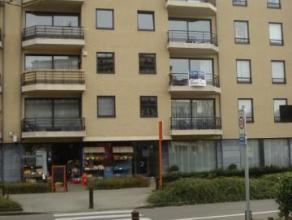 Bel appartement tout comfort avec 2 terrasses, emplacement pour 2 voitures dans le garage et grande cave.(2ième étage avec ascenseur)Bel