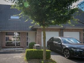 Deze prachtige, instapklare woning is gelegen in Eeklo en geniet van een ruim zonne-terras met een prachtig aangelegde tuin en een garage.<br /> <br /
