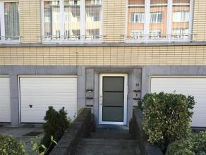 Appartement 75 m²  Belle situation Libre immédiatement  Charges: 60 Eur Très bel appartement, situé dans un quartier calme e