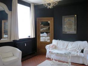 Maison lumineuse 3 chambres à coucher  Piscine Immo Alphabitat loue cette agréable maison idéalement située à proxi