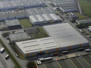 Distributiecentrum 6000 m² logistiek vastgoed te huur i/d Transportzone van Meer langs de E19 Antwerpen-Breda met goede verbinding naar de Haven