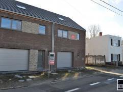 Woning (+/- 235m²) te koop in het centrum van Opwijk, gelegen op een perceel van 5 are 40. Winddichte constructie (= ruwbouw met ramen). De wonin