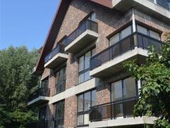 Appartement avec 2 chambres à coucher à louer dans un quartier calme à proximité du Ch. Romaine. L? appartement se compose