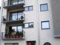 Appartement avec emplacement à louer à Koekelberg.   Très agréable, 100 m² avec 2 chambres à coucher (16, 10 m