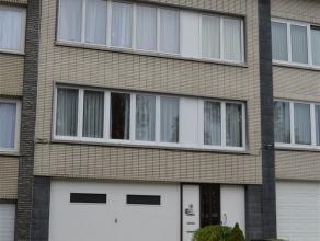 Chouette appartement à vendre dans le quartier De Wand/ Pagodes. L?appartement se compose d?un salon/ salle à manger (26 m²), cuisi
