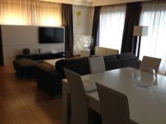 Appartement lumineux à vendre de 125 m² à vendre avec 3 chambres, quartier des Pagodes. Situé au premier étage. Il ya