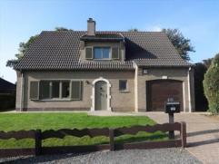 Mooie villa met 3 slpks bur liv OH en mooie tuin Mooie villa van 1986, voll. gerenoveerd in 2014, met een bewoonbare oppervlakte van 150m²
